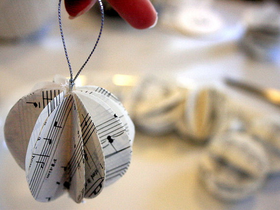 Pretty-Paper-Christmas-Craft-Decoration-Ideas 45